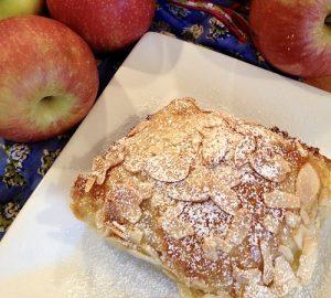 Crème  Brûlée Apple  Tart